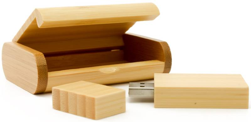 wooden flash drive with wooden packaging
