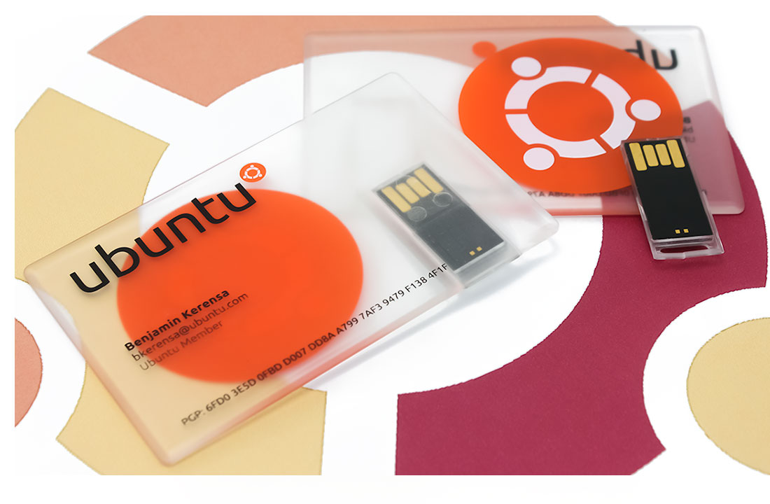 Card-Tab - Business card style flash drive with removable usb